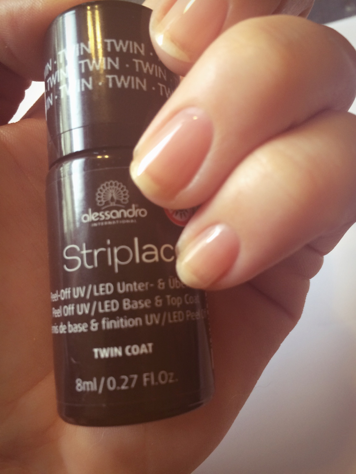 Test: Striplac + normaler Nagellack | Lina-Lackiert