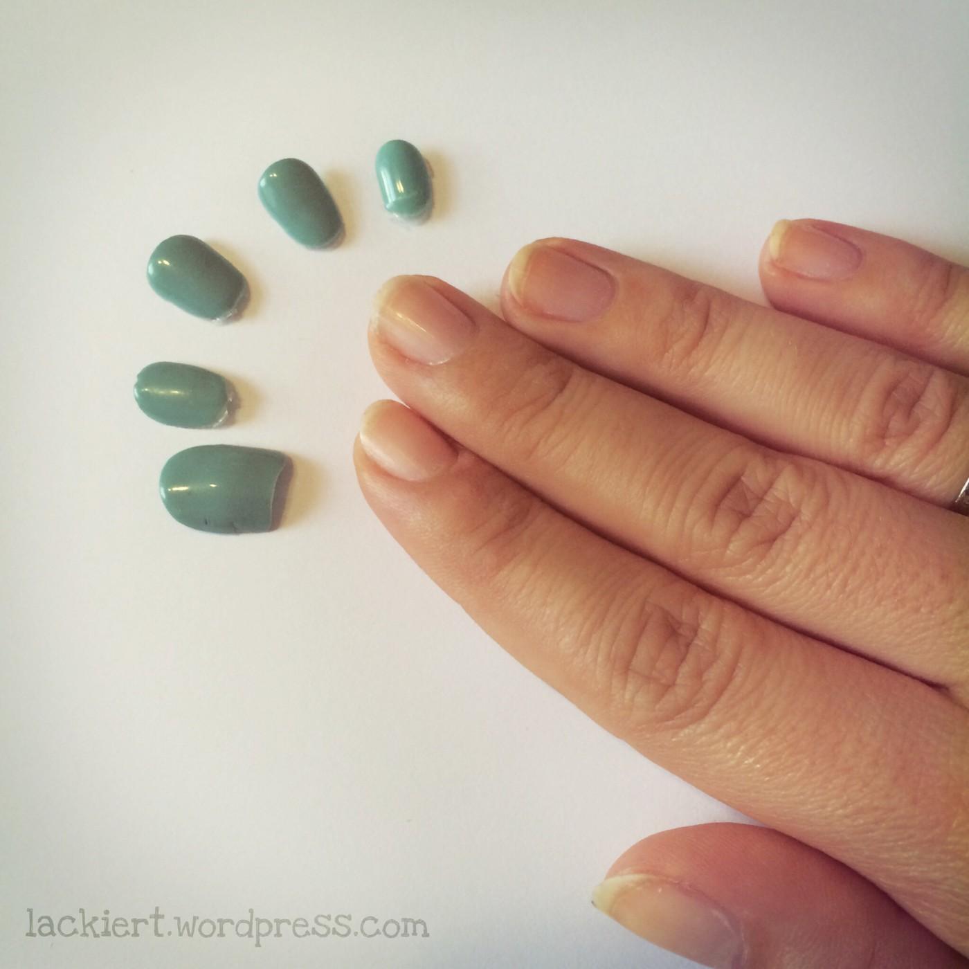 Striplac Test mit normalem Nagellack Abgelöster Nagellack