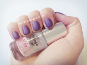 Chanel 727 Lavanda mit mattem Top Coat