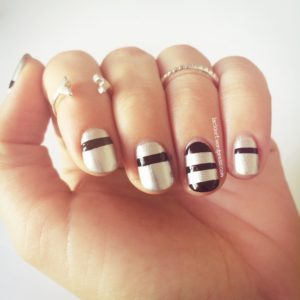 Nail Art black and silver