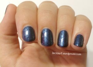 Blue Friday essence effect nail polish blue-jeaned