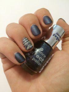 Stamping über essence blue jeaned in matt