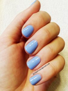 Himmelblauer nagellack Catrice 114 The Sky So Fly