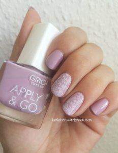 stamping nail art rosa weiß
