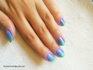 gradient nails bunt