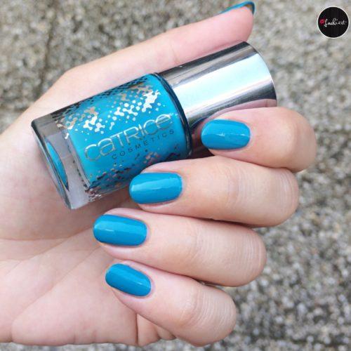 Catrice P(r)etrol Nail polish