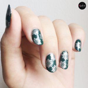 Stamping nailart silver green