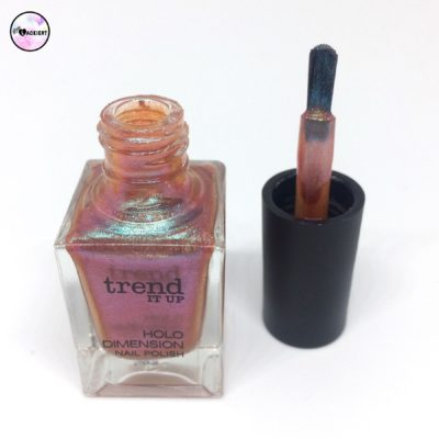 trend it up holo dimension nail polish 020
