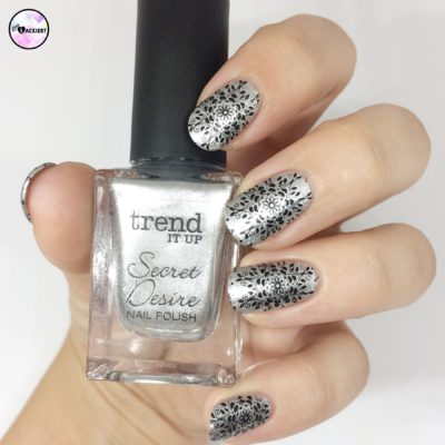 Stamping nailart black silver trend it up