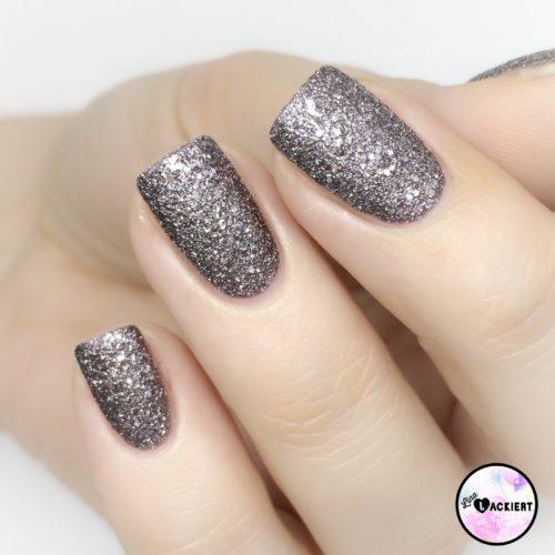 Sandstyle Nail polish p2