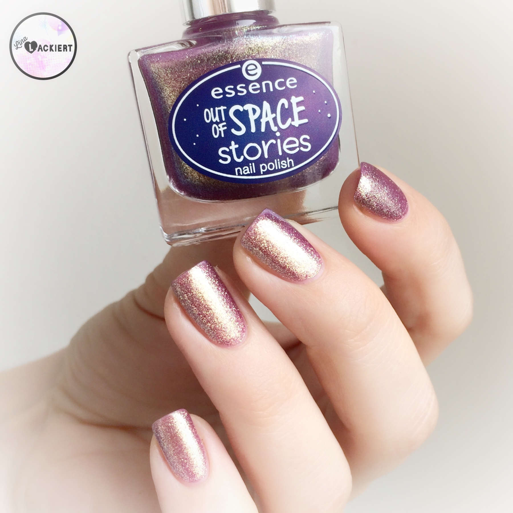 essence out of space nail polish - \'03 space glam\' | Lina-Lackiert