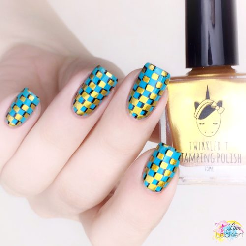 Gold and black double-stamping nailart