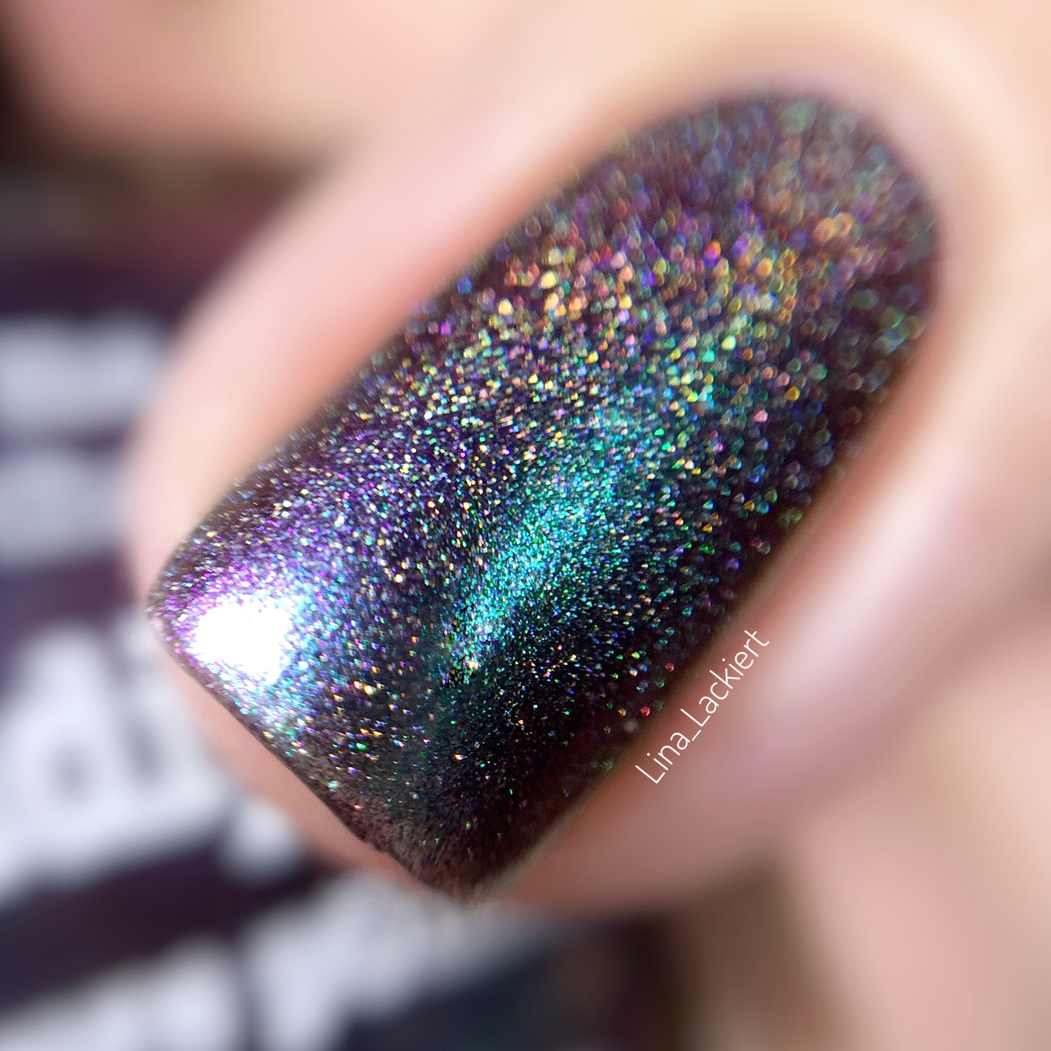 serendipity linear holo from picture polish